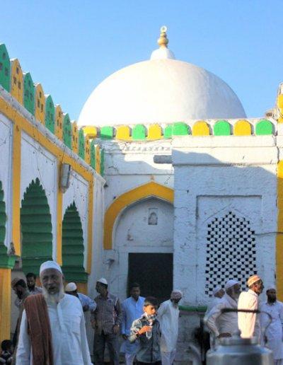 khuldabad_sheikh burhanuddin shrine