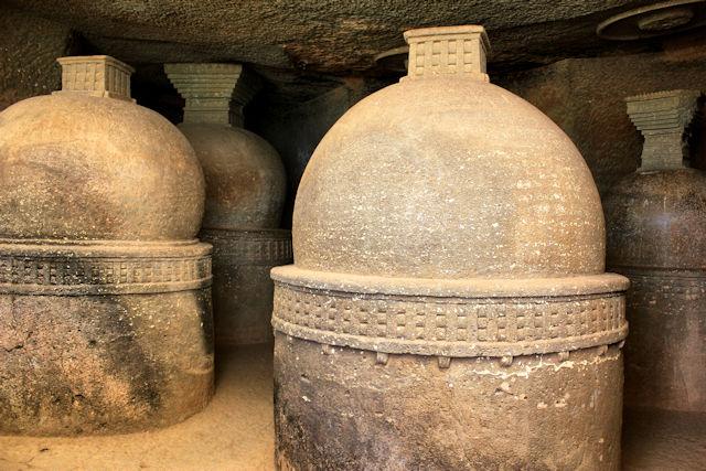 lonavla_bhaja caves