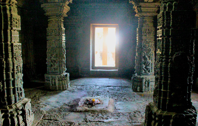 sinnar_gondeshwar temple_2