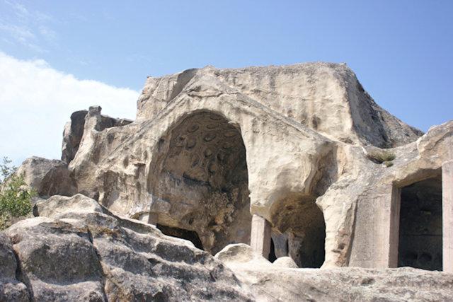 uplistsikhe_cave city