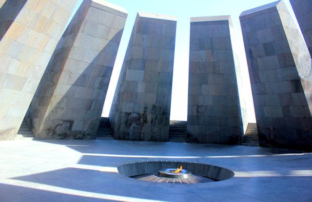 yerevan_armenian genocide memorial