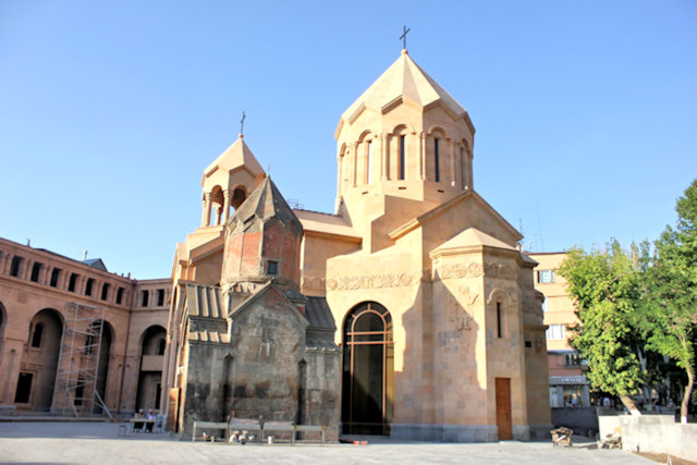 yerevan_katoghike church