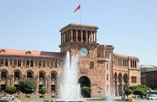 yerevan_republic square_ministry of transport and government house