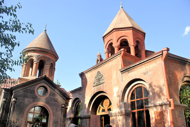 yerevan_zoravar church