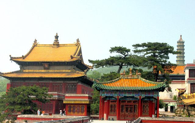chengde_xumifushoumiao temple_3
