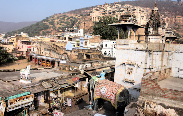 bundi_overview with garh palace