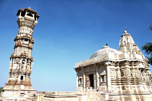 chittorgarh_fort complex_kirti stambha and jain temple