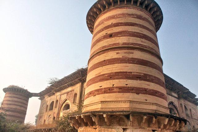 dholpur_sadiq khan mausoleum