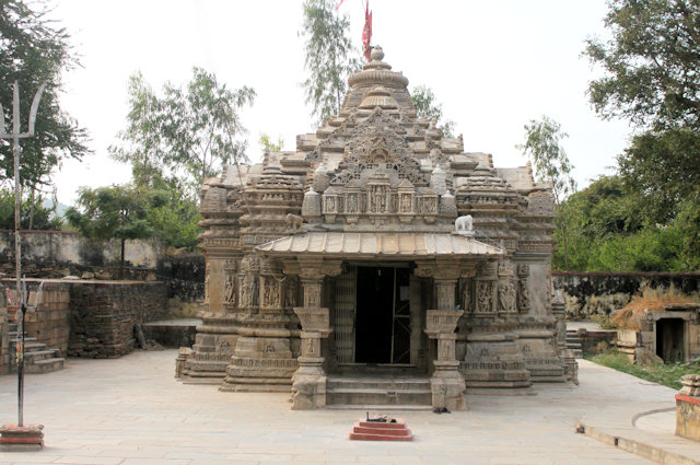 jagat_ambika mata temple
