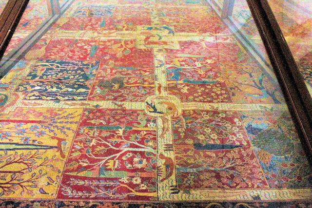 jaipur_albert hall museum_persian carpet gallery