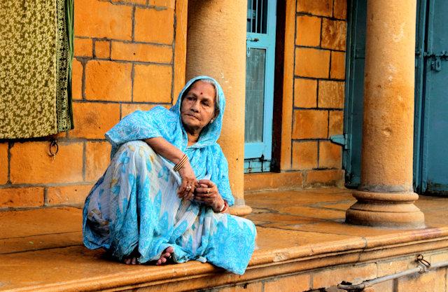 jaisalmer_elderly woman