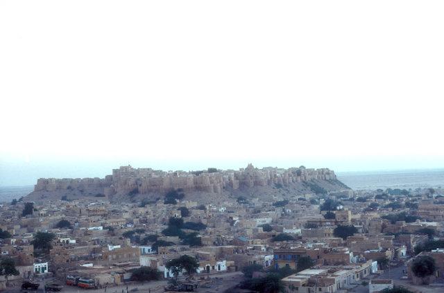 jaisalmer_view from thar desert