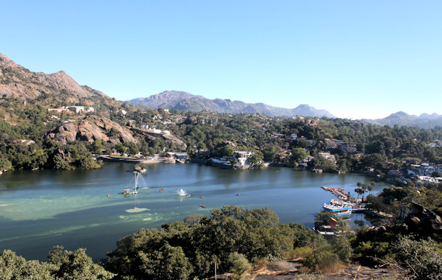 mount abu_nakki lake