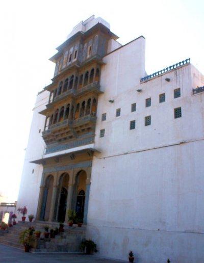 udaipur_monsoon palace_2