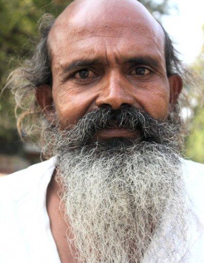 kota_hindu man