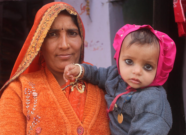 nawalgarh_shekhawati woman and infant