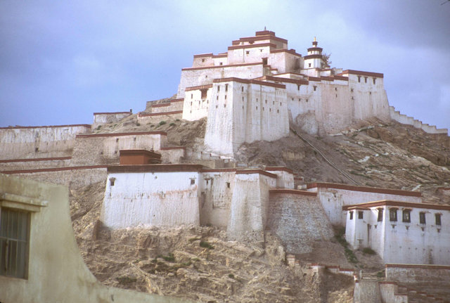 gyantse_fort