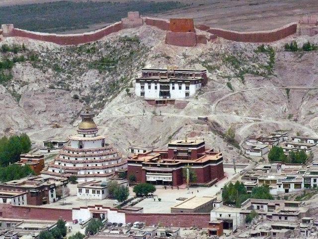 gyantse_kumbum stupa and pelke chode monastery