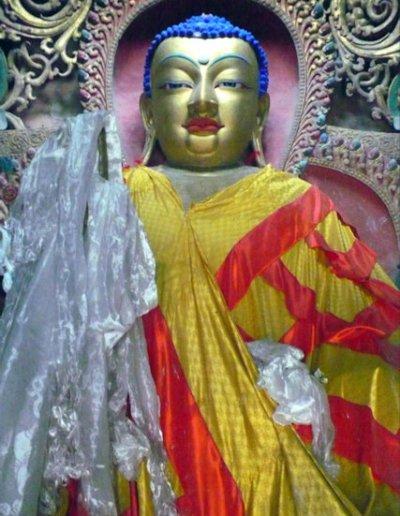 gyantse_kumbum stupa_buddha statue