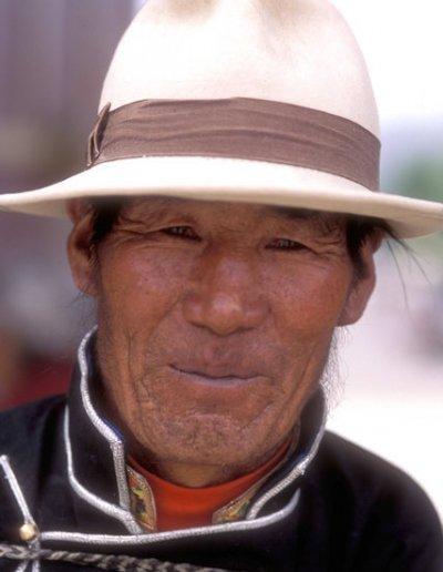 gyantse_tibetan elder