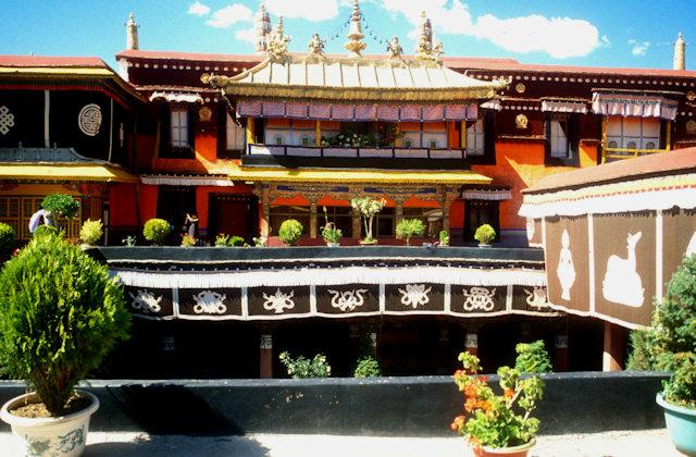 lhasa_jokhang temple_3