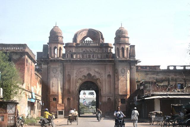 lucknow_qaiser bagh complex_gateway