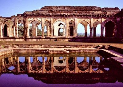 mandu_baz bahadur's palace