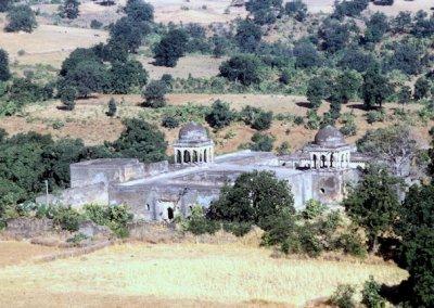 mandu_baz bahadur's palace_2