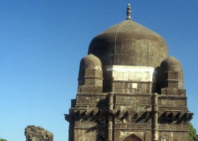 mandu_tomb of darya khan
