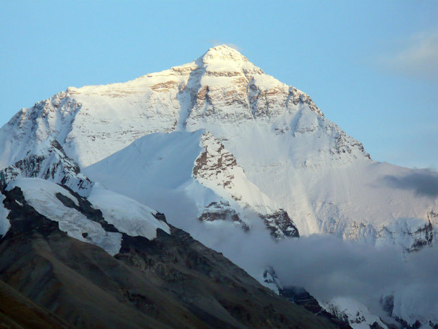 rongbuk_mt everest at sunset