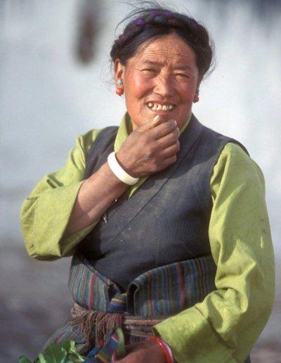 tingri_tibetan woman