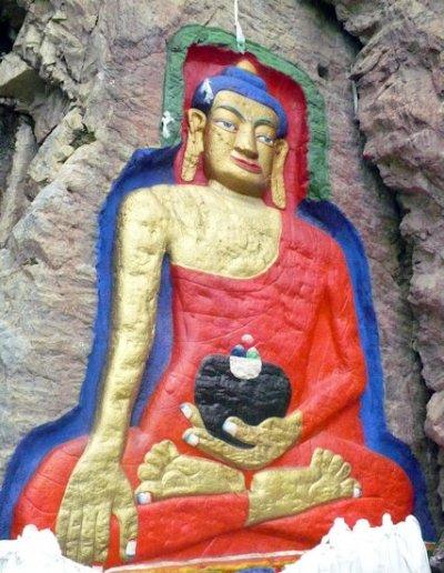 tsedang_buddha carving
