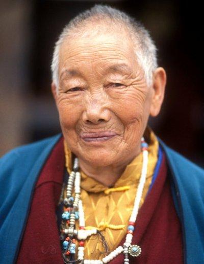 tsedang_tibetan elder