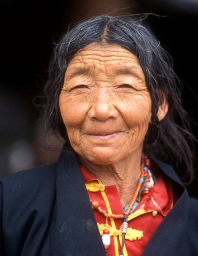 tsedang_tibetan elder_2