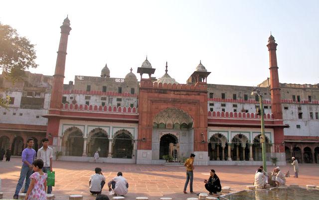 fatehpuri masjid