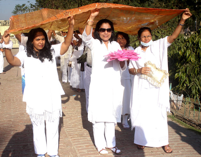 kushinagar_buddhist procession