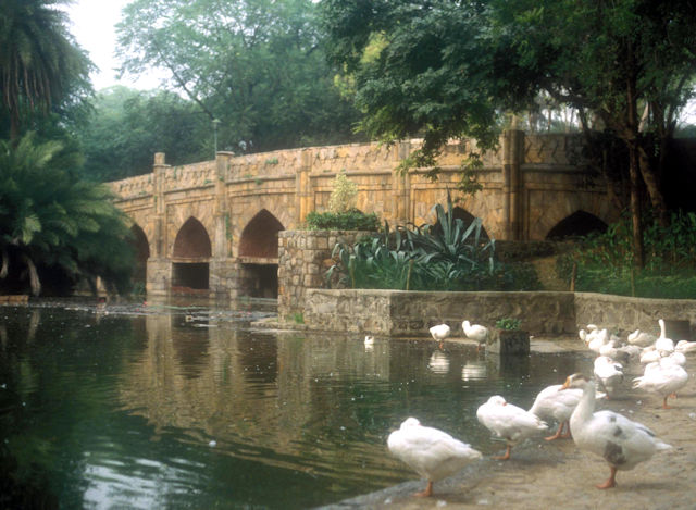 lodi gardens_athpula bridge