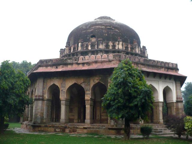lodi gardens_sikander lodi's tomb