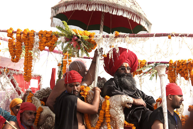main bathing day_procession_2