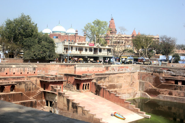 mathura_baoli, jami masjid and sri krishna jnamabhoomi temple