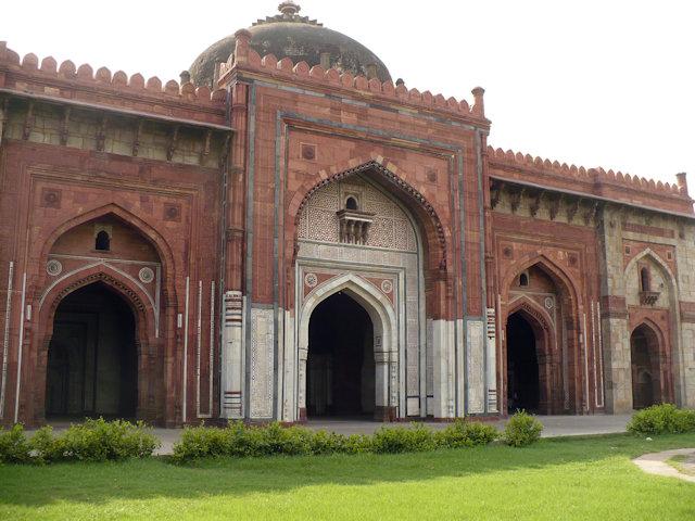 purana qila_qila-i-khuna mosque