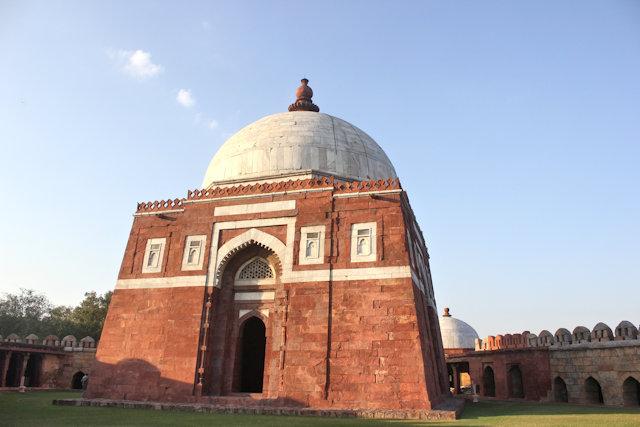 tomb of ghiyasuddin tughluq