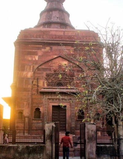 vrindavan_jugal kishore temple