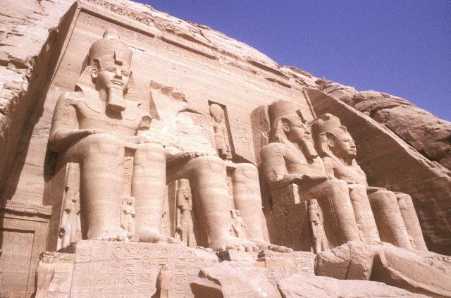 abu simbel_temple of ramses II