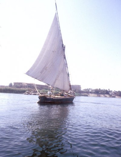 aswan_nile felucca