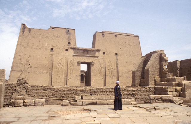 edfu_temple of horus