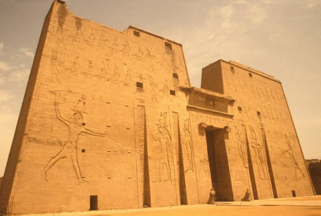 edfu_temple of horus_9
