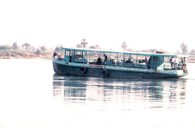 minya_nile ferry