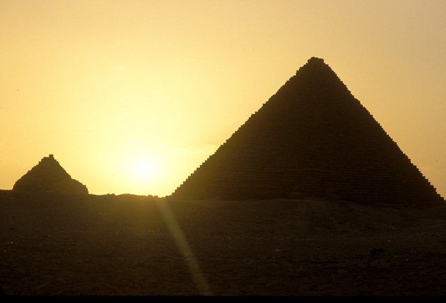 queen's pyramid and pyramid of mycerinus at sunset