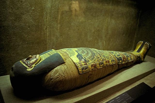 saqqara_museum_sarcophagus